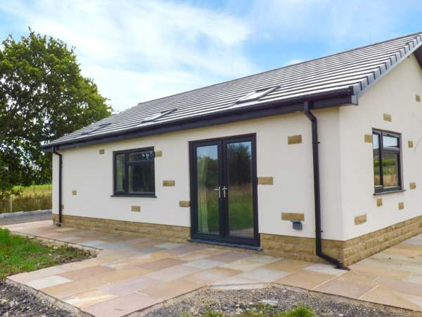 SUNNYSIDE SHREYAS, detached bungalow, en-suites, parking, garden, in Ribchester, Ref 922831 - Image 1 - Ribchester - rentals