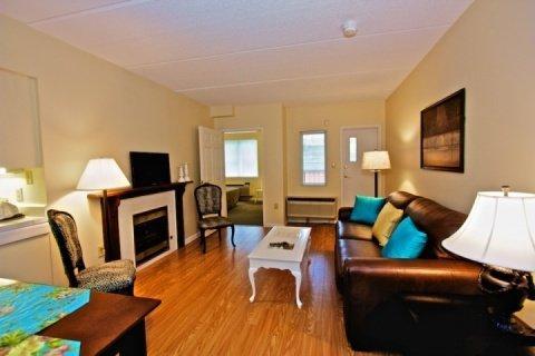Cozy Living Room - Gatlinburg Towers #307 - Gatlinburg - rentals
