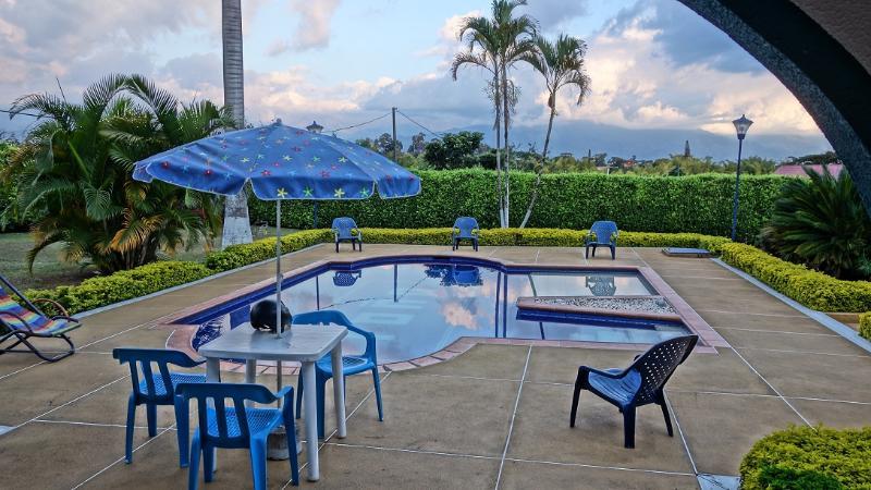 Eje Cafetero Finca para Disfrutar y Relajar 0243 - Image 1 - Calarca - rentals