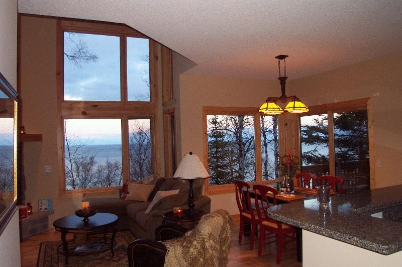 Dramatic floor to ceiling windows bring the sight and sounds of Lake Superior in, it's so beautiful! - Beautiful Superior luxury town home within 10 miles of 3 state parks! - Beaver Bay - rentals