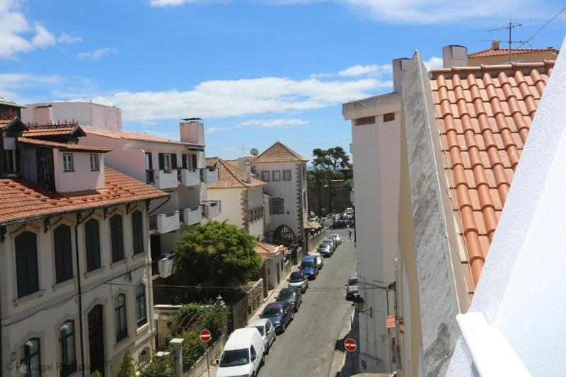 Bayside - Holiday Apartment in Cascais Old Town - Image 1 - Cascais - rentals