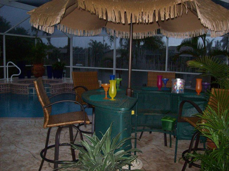 Villa Sharan - SE Cape Coral 4b/2ba Electric Heated Pool/Spa Fresh water Canal - Image 1 - Cape Coral - rentals