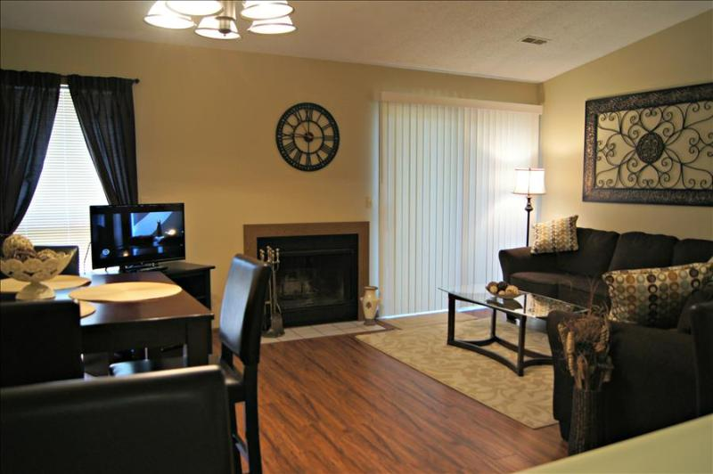 Pretty and Peaceful ,Fireplace, Indoor Pool, Hot Tub, Amazing Amenities ( 9-8 ) - Image 1 - Branson - rentals