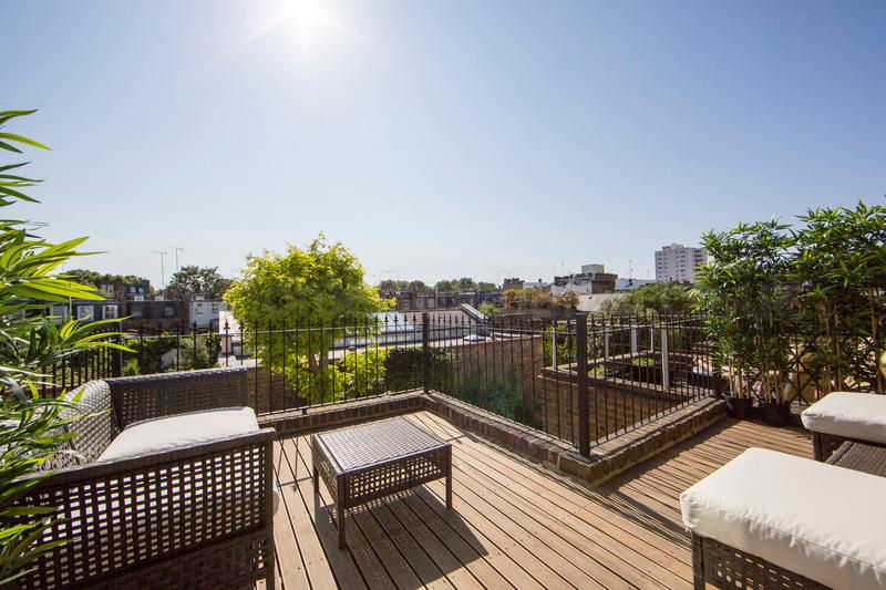 Cosy, traditional 3 bedroom 3 bathroom period apartment- Kings Road/Fulham Road - Image 1 - London - rentals