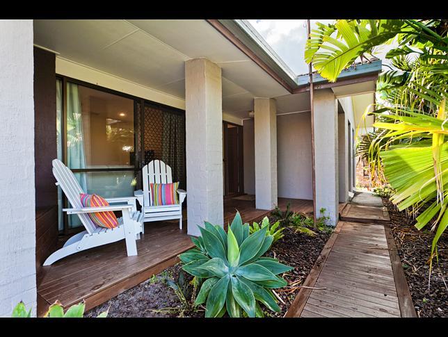 Property ID: 22P1632 - Image 1 - Warana - rentals