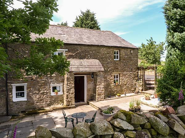 BIDEBER MILL COTTAGE, en-suite, WiFi, character features, romantic retreat near Ingleton, Ref. 919996 - Image 1 - Ingleton - rentals