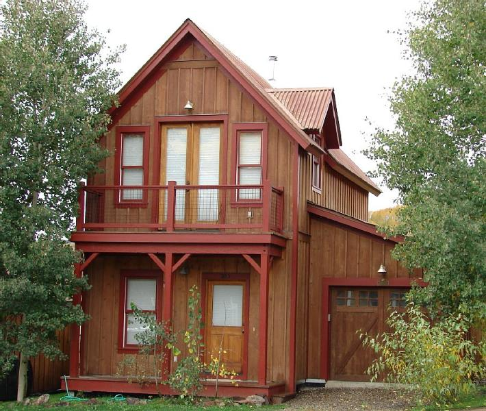 Great 3 Bedroom in Pitchfork! 5th night free! On shuttle route! - Image 1 - Crested Butte - rentals