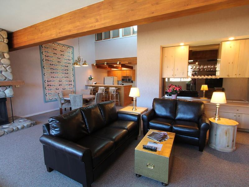 Fantastic 1 BR with loft.  5th nt free.  Walk to the slopes!  Hot tub! - Image 1 - Crested Butte - rentals