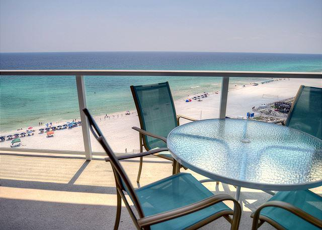 Spend this Summer at HOLLYWOOD GLITZ! Shuttle Included! Book Now!! - Image 1 - Sandestin - rentals