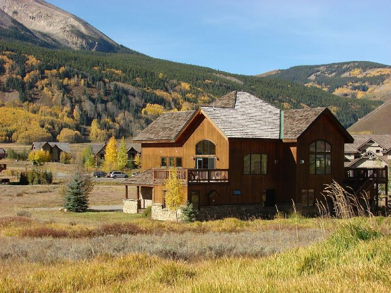 On the 8th Green of the Club at Crested Butte!  Pet Friendly. - Image 1 - Crested Butte - rentals
