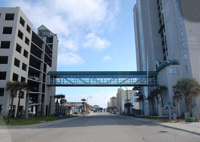 Building - 1st floor uniySpacious 4 bedroom, 3 bathroom, direct oceanfront condo - North Myrtle Beach - rentals