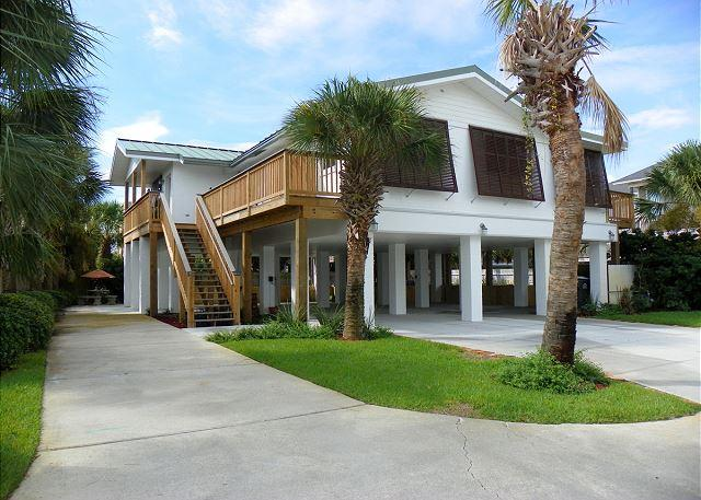 Beautiful home with lots of parking. - Panferio 208 - Pensacola Beach - rentals