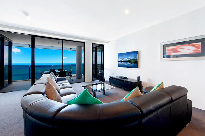 "3BR Circle ""Cavill Sub Penthouse"" GET ON TOP! - Image 1 - Surfers Paradise - rentals"
