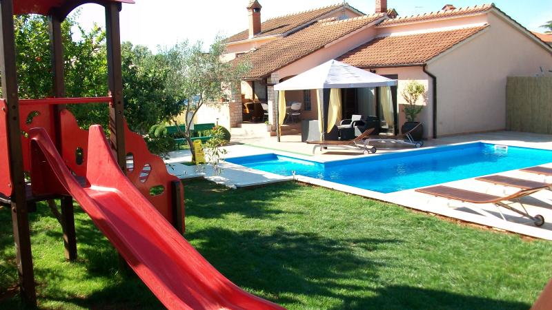 House Mirna new swimming pool 40m2 - Image 1 - Pula - rentals