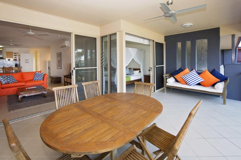 Beach House Apartment 5- Verandah  - Beach House Apartment No 5 - Mission Beach - rentals