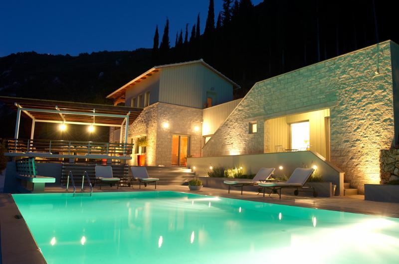 Arenaria L. Villas complex - Villa Santolina - Image 1 - Lefkada Town - rentals
