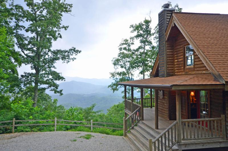 Big Sky Lodge - Image 1 - Bryson City - rentals