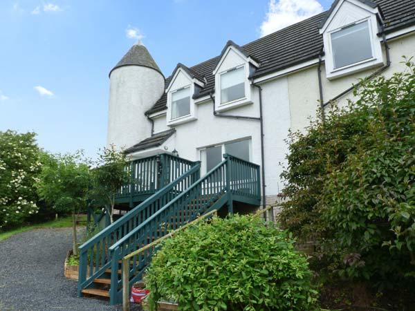16 LARKHALL COTTAGES, pet-friendly, country holiday cottage, with a garden in Jedburgh, Ref 928631 - Image 1 - Jedburgh - rentals