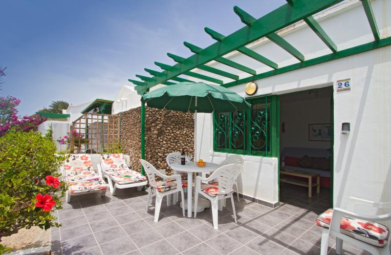 The Patio is so relaxing - Bungalow Jardin del Sol - Playa Blanca - rentals