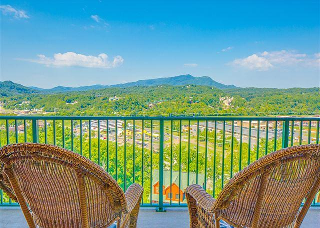 2BR Condo w/ Incredible Views & Luxurious Amenities! Summer Special from $99! - Image 1 - Pigeon Forge - rentals