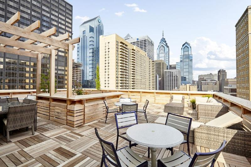 Stay Alfred Unbeatable Location Close to City Hall AQ2 - Image 1 - Philadelphia - rentals