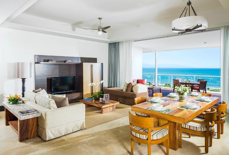 Living room/dining area - Grand Luxxe Nuevo Vallarta 2BR/2.5BA Villa - Nuevo Vallarta - rentals