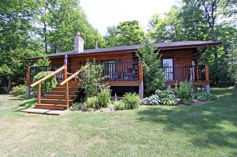 Sunset Haven cottage (#987) - Image 1 - Owen Sound - rentals