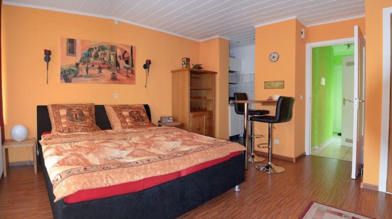 Vacation Apartment in Neuss - 301 sqft, cozy, quiet (# 9049) #9049 - Vacation Apartment in Neuss - 301 sqft, cozy, quiet (# 9049) - Neuss - rentals