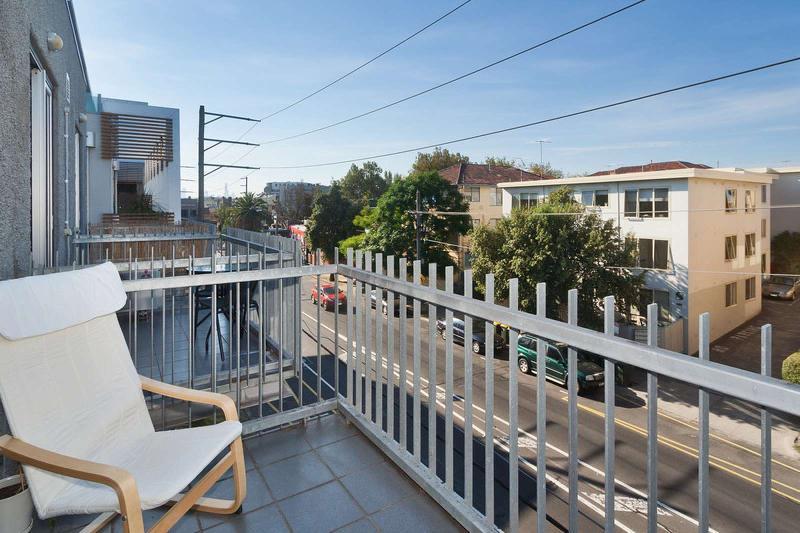 32/220 Barkly Street, St Kilda, Melbourne - Image 1 - Melbourne - rentals