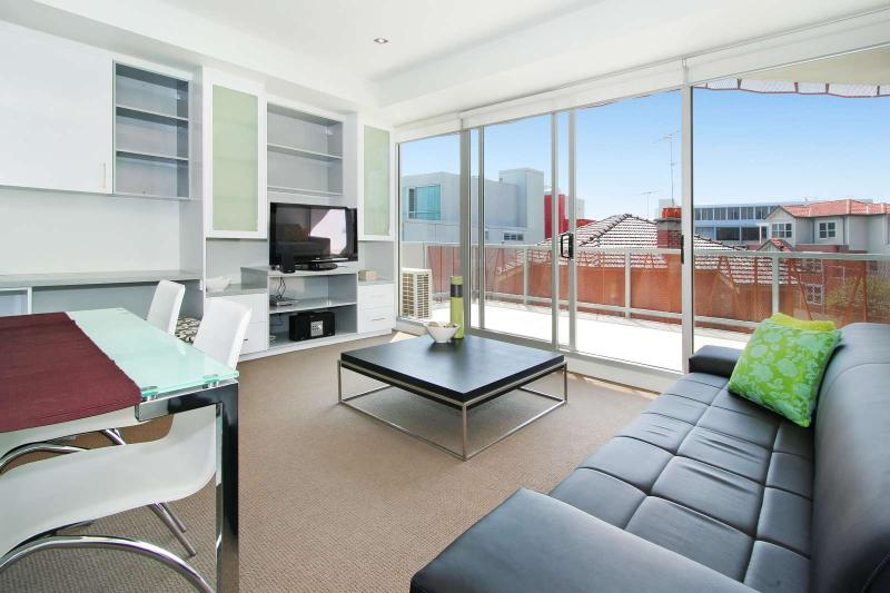 13/23 Irwell Street, St Kilda, Melbourne - Image 1 - St Kilda - rentals