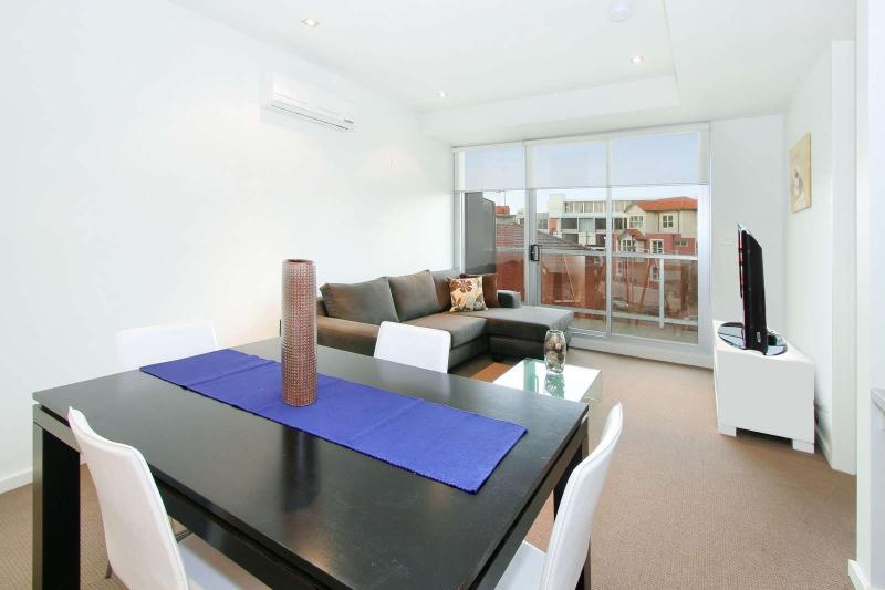 14/23 Irwell Street, St Kilda, Melbourne - Image 1 - St Kilda - rentals
