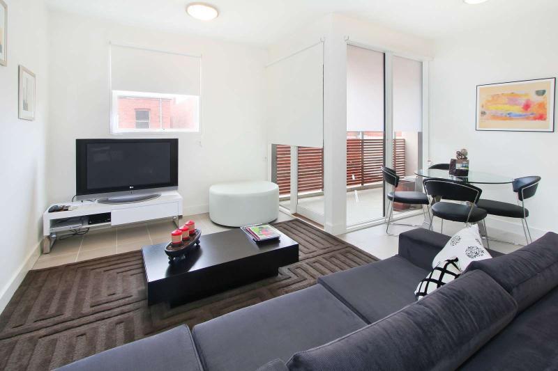 11/114a Westbury Close, East St Kilda, Melbourne - Image 1 - Balaclava - rentals
