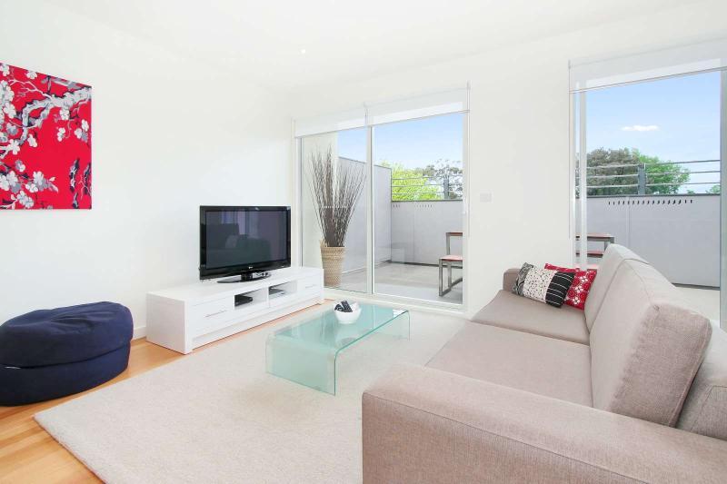 18/8-10 Durrant Street, Brighton, Melbourne - Image 1 - Brighton - rentals