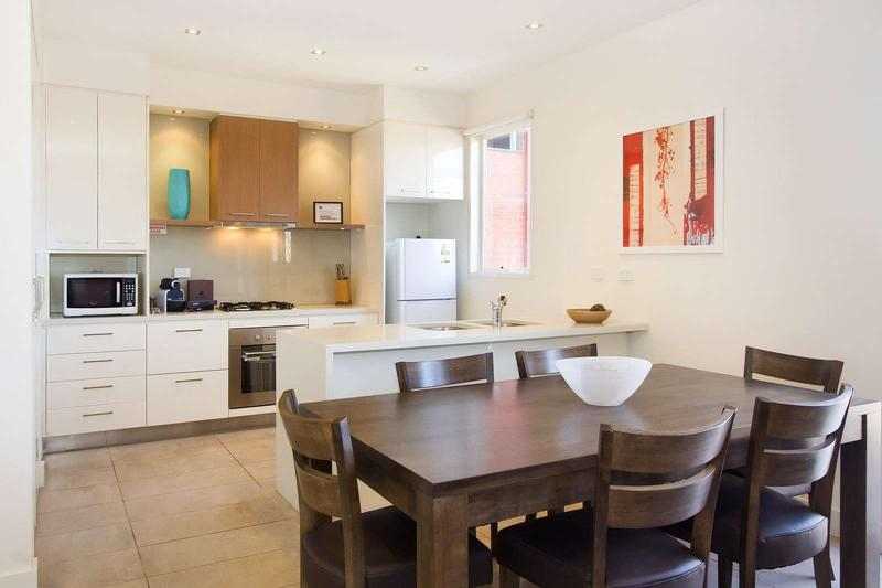 13/114a Westbury Close, East St Kilda, Melbourne - Image 1 - Balaclava - rentals