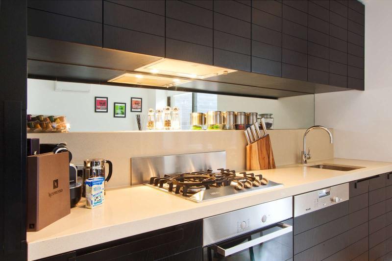 219/27 Herbert Street, St Kilda, Melbourne - Image 1 - St Kilda - rentals