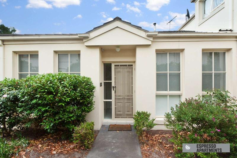 2/15 Marara Road, South Caulfield, Melbourne - Image 1 - Caulfield - rentals
