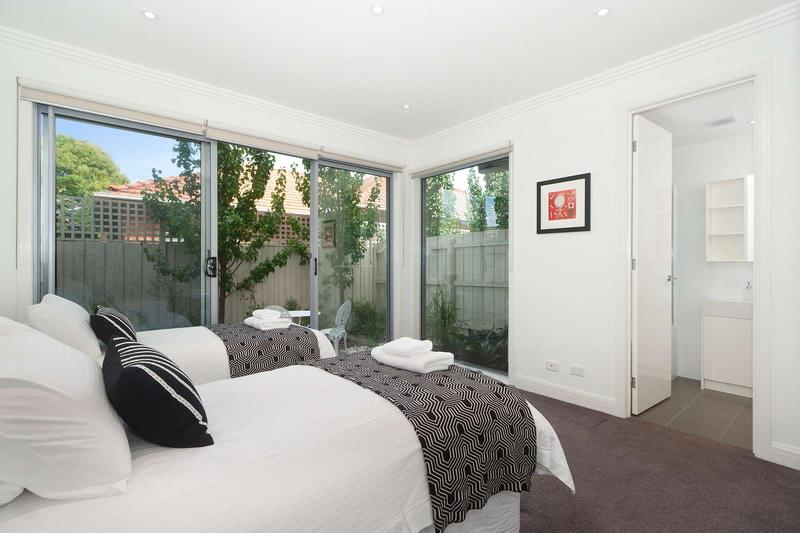 16/293-295 Hawthorn Road, Caulfield, Melbourne - Image 1 - Caulfield - rentals