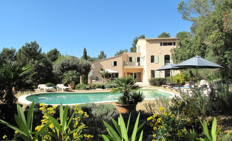 The villa les Magnanarelles for 8 people and one Young child in a cot - Les Magnanarelles, 4 bedrooms, 8 people + 1 cot - Lourmarin - rentals