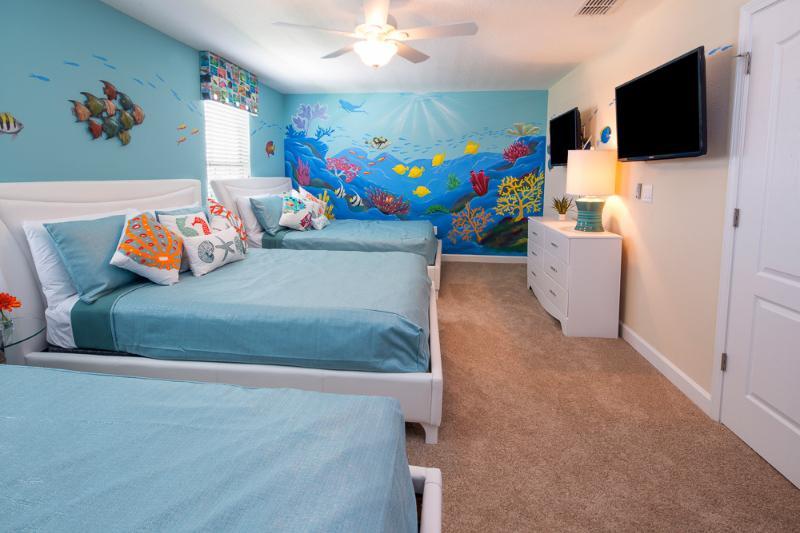 Mickey's Retreat: Incredible 9 Bed/ 5 Bath Luxury Pool Home.  Sleeps 30. - Image 1 - Davenport - rentals