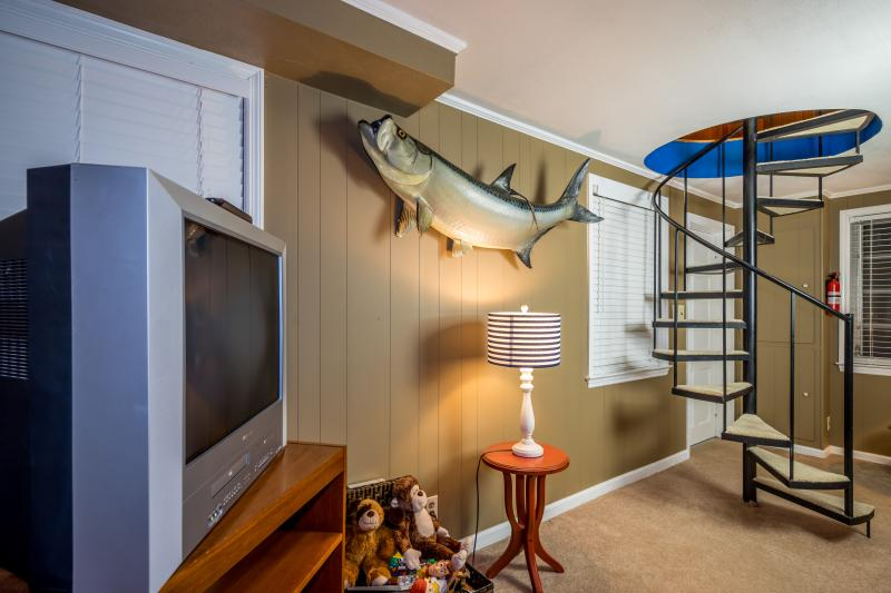 Spacious rooms throughout this very fun Chattanooga vacation cabin! - Chattanooga Lake House (just 3 minutes from Lake) - Chattanooga - rentals