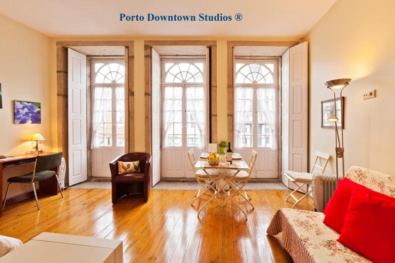 Porto Downtown Studio 1 - Romantic - Image 1 - Porto - rentals