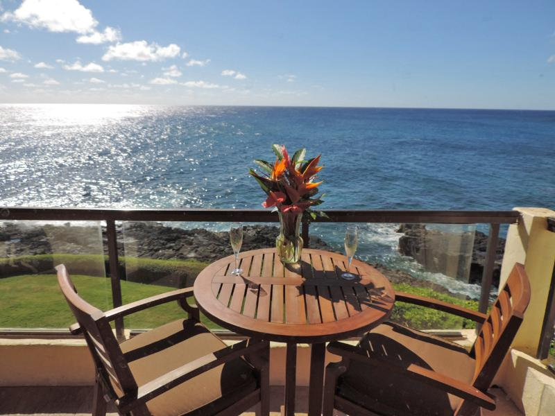 Now this is Ocean Front Living at Poipu Shores 305A! - Poipu Shores 305A Deluxe 2BR Oceanfront  Retreat - Poipu - rentals