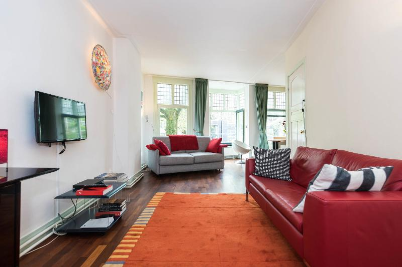 Living Room - Large canal view apartment in the historic centre - Amsterdam - rentals