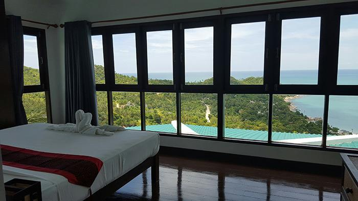 Master bedroom and view - Luxury 3 bedroom Villa in Thong Nai Pan - Koh Phangan - rentals