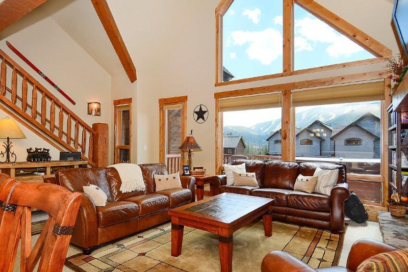 Spacious living area with slope views - Lakota Antlers 502 - Winter Park - rentals