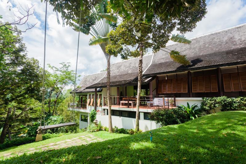 De Chom 4 bedroom pool villa - Image 1 - Khok Kloi - rentals