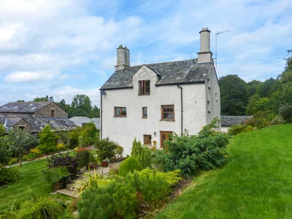 BIRK HAGG FARM, over three floors, en-suites, woodburner, parking, garden, in Kendal, Ref 928147 - Image 1 - Kendal - rentals