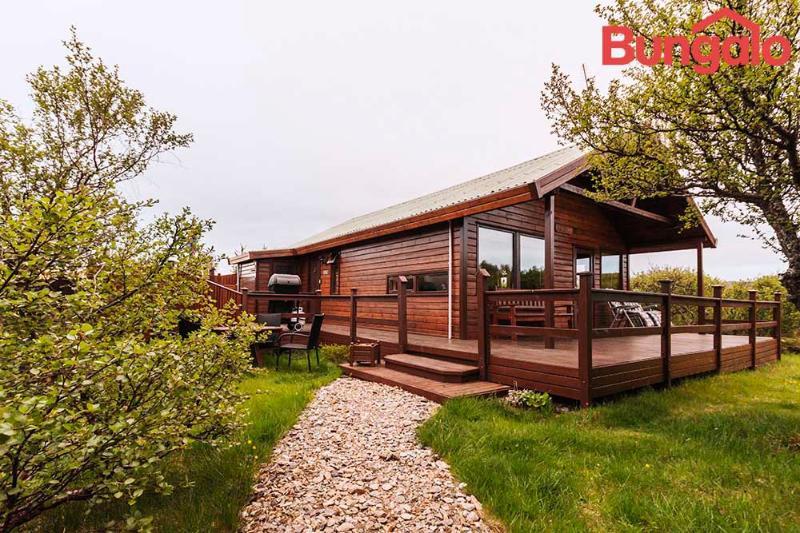 Charming Summerhouse Near Husafell - Image 1 - Hraunfossar - rentals