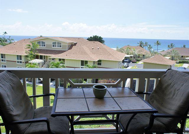Great Ocean Views from the Lanai - Beautiful 2 bed, 2 bath with loft sleeps 5- desired Alii Cove Complex KK22 - Kailua-Kona - rentals