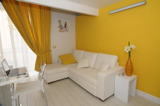 APPARTAMENTO GIALLO - SORRENTO CENTRE - Sorrento - Image 1 - Sorrento - rentals